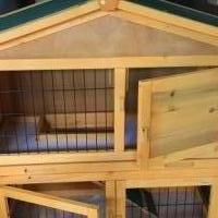 Rabbit/Guinea Pig Hutch for sale in Chaska MN by Garage Sale Showcase member pami1964, posted 10/06/2018