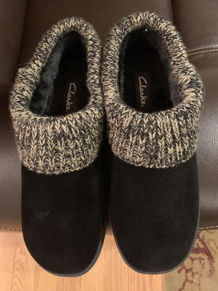 Ladies Clark Slippers for sale in O Fallon IL