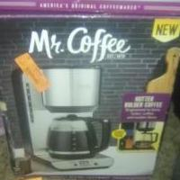 Mr coffee coffee pot 12 cup for sale in Whiteland IN by Garage Sale Showcase member albrown004, posted 03/15/2019