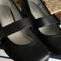 Croft & Barrow Mary Jane Black shoes. for sale in Edmond OK by Garage Sale Showcase member Loveshoes, posted 03/14/2019