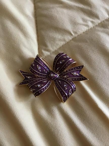 Bow pin for sale in South Burlington VT