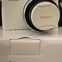 NIKON 1 - Digital Camera for sale in Middletown NY by Garage Sale Showcase member ldmargiotta, posted 09/23/2020