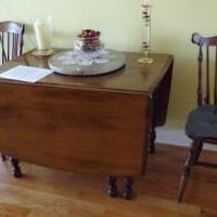 Temple Stuart Drop Leaf table/chairs for sale in Pinehurst NC by Garage Sale Showcase member WilliamB, posted 02/01/2019