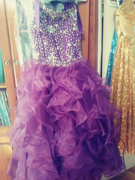 Girls pageant dress for sale in Esperance NY