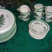Spode 36 piece Christmas Set for sale in West End NC by Garage Sale Showcase member martjr, posted 12/05/2018