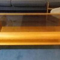 Coffee table for sale in Boonton NJ by Garage Sale Showcase member Dentaldonna, posted 10/12/2018