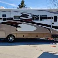 2005 Jayco Seneca 35GS Motorhome for sale in Fort Jennings OH by Garage Sale Showcase member Summertime, posted 04/02/2019