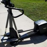 NordicTrack CX990 Elliptical for sale in Lehigh Acres FL by Garage Sale Showcase member Saogwal@gmail.com, posted 10/16/2018