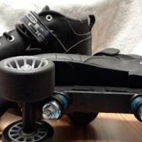 Men's roller skates for sale in Columbus IN by Garage Sale Showcase member secondtimearound, posted 04/23/2019
