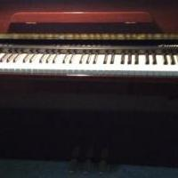 Princeton piano for sale in Scotia NY by Garage Sale Showcase member Cobrey119, posted 10/05/2018