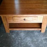 Coffee table for sale in Coon Rapids MN by Garage Sale Showcase member Scott Byrkit, posted 03/18/2019