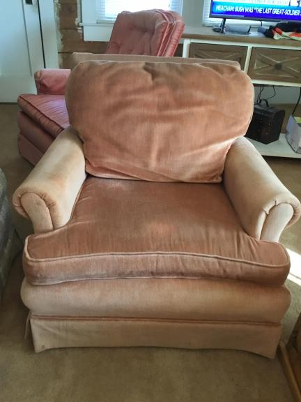 Large Easy Chair for sale in Berryville AR