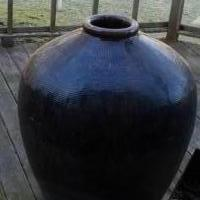Pottery grain vessel for sale in La Porte IN by Garage Sale Showcase member Laportesale, posted 02/17/2019