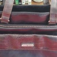 Jaclyn Smith handbag for sale in Fort Dodge IA by Garage Sale Showcase member grandma, posted 02/25/2019