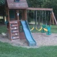 Play set for yard for sale in Bartelso IL by Garage Sale Showcase member h2ohorstmann, posted 07/28/2019