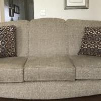 Like New Sofa for sale in Eaton OH by Garage Sale Showcase member dvessels9, posted 06/14/2019