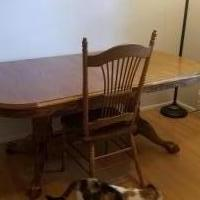 DINING ROOM TABLE AND CHAIRS for sale in Edwardsville IL by Garage Sale Showcase member LDB123, posted 05/30/2019