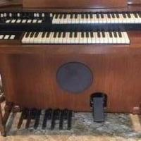 FREE HAMMOND ORGAN-DOES NOT WORK for sale in Luck WI by Garage Sale Showcase member maryaskov, posted 05/25/2019