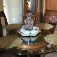 Table and chairs for sale in Caddo Mills TX by Garage Sale Showcase member Toad72, posted 07/04/2019