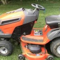 Riding lawn mower with trailer for sale in Tiffin OH by Garage Sale Showcase member Goody&1975, posted 06/07/2019