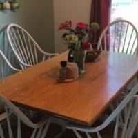 Wood table with 6 chairs for sale in Breese IL by Garage Sale Showcase member susfaust, posted 06/06/2019