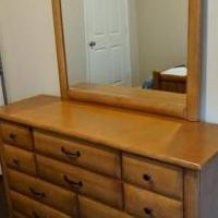 Bedroom Set for sale in Sugar Land TX by Garage Sale Showcase member adrich2, posted 08/13/2019