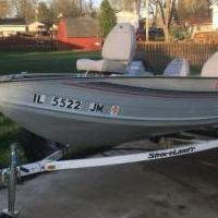 16' Lowe aluminum fishing boat for sale in Lake Villa IL by Garage Sale Showcase member JuanCappuccino, posted 05/01/2019