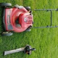 Mower  &  blower for sale in Macomb MI by Garage Sale Showcase member Louis Caruso, posted 05/08/2019