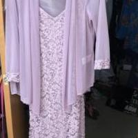 Mother of bride/ groom dress for sale in Bowling Green OH by Garage Sale Showcase member Horsehaven6, posted 08/05/2019