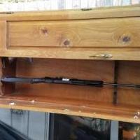Gun Rack for sale in Gainesville MO by Garage Sale Showcase member DanETheMan, posted 05/04/2019