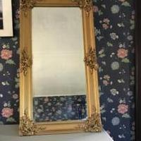 Gilded Hall Mirror for sale in Rutland VT by Garage Sale Showcase member MJW147C, posted 05/15/2019