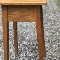 Solid Oak Lamp table for sale in South Burlington VT by Garage Sale Showcase member Cangirl, posted 06/16/2019