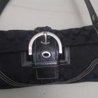 Coach purse for sale in Dublin GA by Garage Sale Showcase member Vilener, posted 09/04/2019