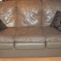 Sleeper Sofa for sale in Spring Hill FL by Garage Sale Showcase member rdavidnann0208, posted 04/30/2019