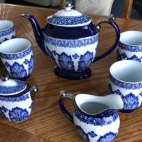Bombay Blue and White Tea Set for sale in Macomb MI by Garage Sale Showcase member Humpfree#5, posted 06/16/2019