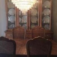 THOMASVILLE DINING ROOM SET for sale in New City NY by Garage Sale Showcase member lorbri123, posted 06/04/2019