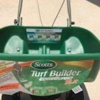 Scotts Broadcast Spreader for sale in Melbourne FL by Garage Sale Showcase member seller, posted 07/30/2019