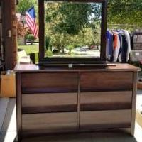 Dresser with Mirror for sale in Fort Wayne IN by Garage Sale Showcase member sharonandersen, posted 08/11/2019