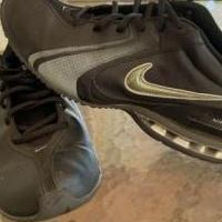 Mens nike 10 1/2 for sale in Abilene TX by Garage Sale Showcase member Lori Johnson, posted 08/15/2019