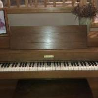 Baldwin Piano for sale in Crystal Lake IL by Garage Sale Showcase member Jodi J, posted 05/18/2019