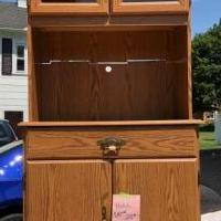 Hutch for sale for sale in Norwalk OH by Garage Sale Showcase member Mickey77, posted 08/03/2019