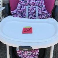 High chair for sale in Norwalk OH by Garage Sale Showcase member Mickey77, posted 08/03/2019