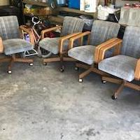 6 blue chairs for sale in Pottsboro TX by Garage Sale Showcase member 4ldjacobs, posted 05/13/2019