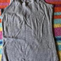 Gray tank top for sale in Vermilion OH by Garage Sale Showcase member Michael17, posted 07/09/2019