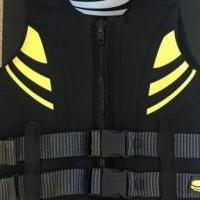 WATER SAFE LIFE JACKET UNISEX for sale in Huntley IL by Garage Sale Showcase member mylistingsale, posted 02/02/2020