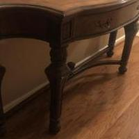 Sofa/Buffet Table for sale in Moody AL by Garage Sale Showcase member tltoliver, posted 09/28/2019