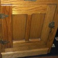 Oak Side Tables for sale in Mount Juliet TN by Garage Sale Showcase member jsmallwo, posted 09/17/2019