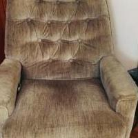 Motorized recliner for sale in Port Chester NY by Garage Sale Showcase member Tiffany34, posted 10/01/2019