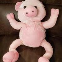 Pink pig for sale in Corryton TN by Garage Sale Showcase member Wisewit222, posted 11/29/2019