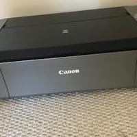 Canon PIXMA PRO-100 & Hp Glossy photo and flyers' paper. for sale in Bogart GA by Garage Sale Showcase member Maria, posted 09/18/2019